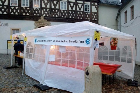 Unser Zelt vor dem Hartensteiner Schloss