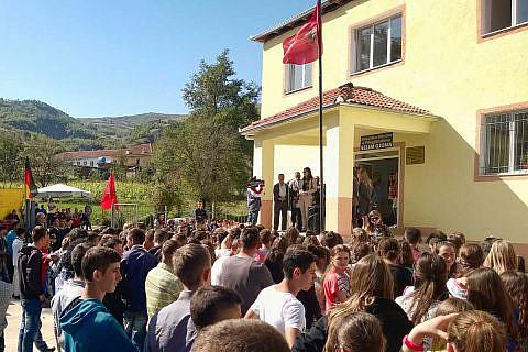 Die Sanierung der Schule in Proptisht erfolgte mit Fördergeldern der Deutschen Botschaft