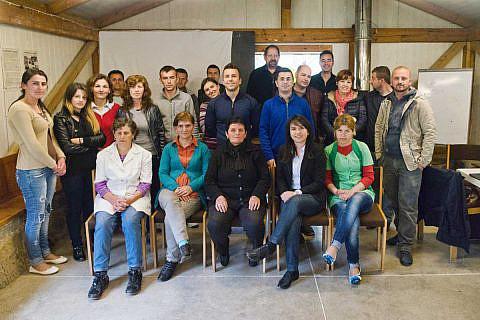 Gruppenbild der DA-Mitarbeiter in Bishnica