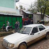 Die wichtigsten Verkehrsmittel: Maultier, Moped und Mercedes