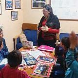 … sich gezielt um die Hoxha-Kinder zu kümmern