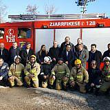 Feuerwehr-Gruppenbild mit Senator Berkhahn aus Wismar und DA-Mitarbeitern