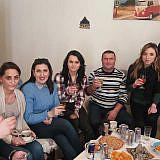 Treffen mit albanischen Flüchtlingen in Krempe