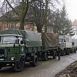 Wismar, März 1993: Einer unserer ersten Hilfskonvois steht bereit zur Abfahrt