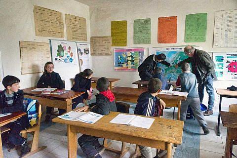 Da komme ich her: Schulbesichtigung in Albanien