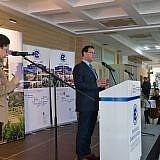 Walter Glos von der Konrad-Adenauer-Stiftung spricht über die Lage der Kommunen in Albanien