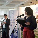 Dasara Xhangolli vom Kulturamt der Stadt Pogradec führte durch das Programm
