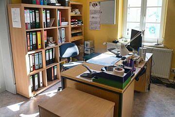 Das leere Büro im Vereinshaus