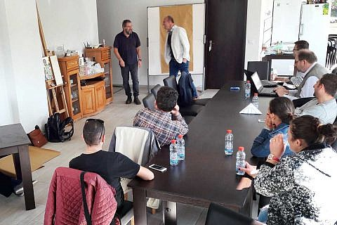 Vertrauensbildung, Grundfragen der Buchhaltung und strategische Ausrichtung waren Themen beim Teamseminar mit Karl Ziegler