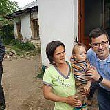 Familienpakete verteilen in Velçan