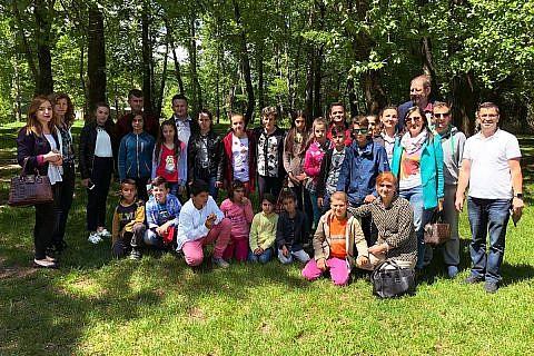 Ausflug Internatskinder und Mitarbeiter nach Pogradec