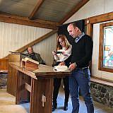 Petro Vako als Übersetzer in der Kühlhaus-Kirche, 2018