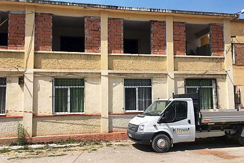 August bis Dezember: DA-Mitarbeiter leiten die Komplettrenovierung des Kindergartens Tomka Laçka in Pogradec