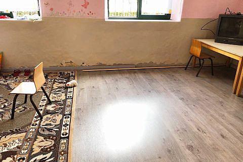 Im Herbst bekam der Kindergarten noch neue Laminatböden von Egger aus Wismar