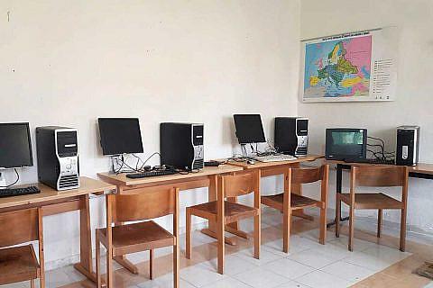 Oktober 2018: Neuer Computerraum für die Schule in Bishnica