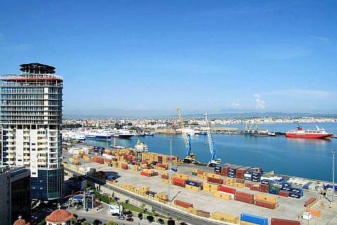 Der Hafen von Durrës ist der wichtigste in Albanien
