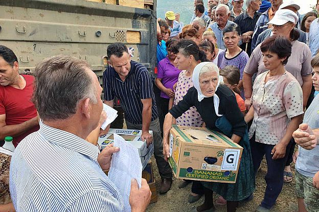 Hilfsgüterverteilung in Holtas