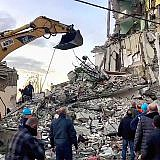Erdbeben in Albanien: Suche nach Überlebenden (Quelle: Reuters)