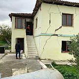 Beschädigte Gebäude in Shijak
