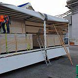 Verladen der Hilfsgüter in Wismar