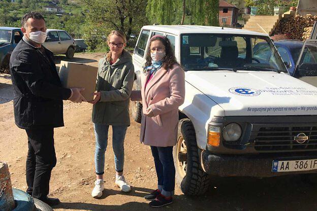 Unser Geländefahrzeug Nissan Patrol ist unverzichtbar für die Arbeit in der Mokra-Region, auch jetzt bei der Corona-Hilfsaktion. Für die anstehende Generalüberholung benötigen wir noch weitere Spenden – insgesamt mindestens 4.000 €. Wer beteiligt sich mit einer Sonderspende?