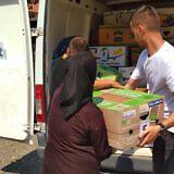 Anschließende Hilfsgüterverteilung