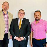 v.l.: Frieder Weinhold, Dr. Tobias Rüttershoff (KAS), Pastor Akil Pano