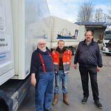 Die Firma von Claas Braitsch (li) und seinem Mitarbeiter Marvin Wilms (mi) in Leer…