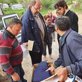 Familienpakete für die Bewohner von Bishnica