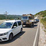 Unser Konvoi auf dem Weg nach Holtas