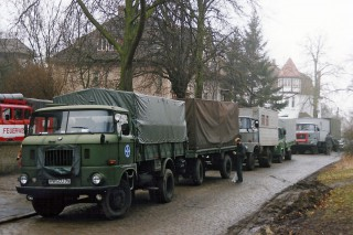 Aid convey before the start in Wismar, March 1993